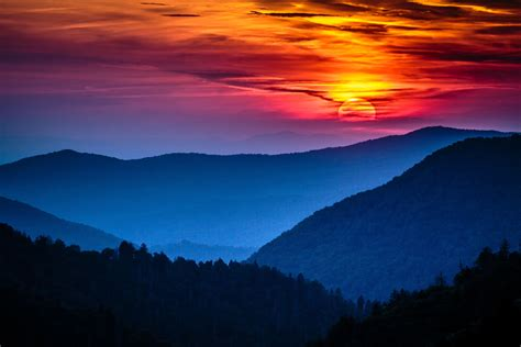 breathtaking view   great smoky mountain sunrise