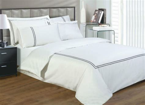 quality bed linen uk 330 thread count white colour luxury cotton