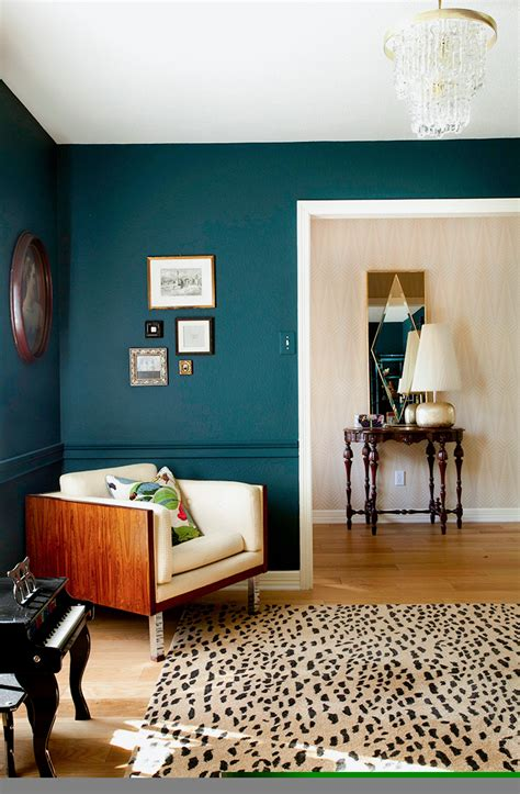 paint for living rooms how to use bold paint colors in your living room