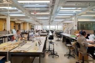 Gong Lu Architectural Design Studio 12所建筑学校在毕业前实行 集中培训 以获取建筑资格认证 Archdaily