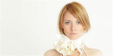 7 Model Rambut Yang Membuat Wajah Terlihat Muda by 7 Trik Membuat Rambut Terlihat Tebal Merdeka