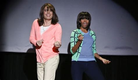 does michelle wear a wig michelle obama mom dances with wig wearing jimmy fallon