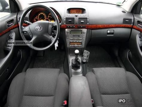 Toyota Avensis 2006 Interior by 2006 Toyota Avensis 2 2 D Cat Executive Only To Dealers