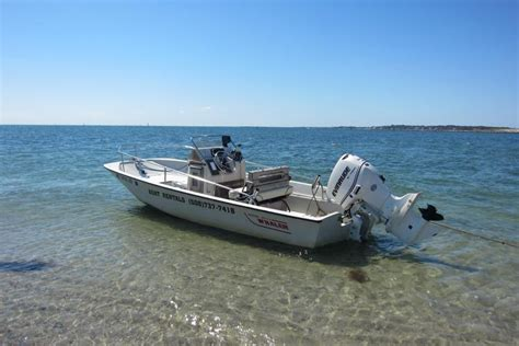 motorboat rental boston rent a boston whaler ventura 16 motorboat in barnstable