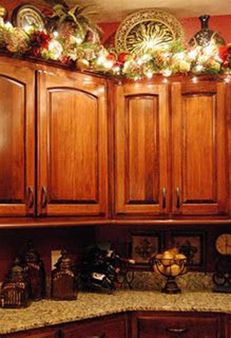 christmas decorations on kitchen cabinets 24 ideas bringing the spirit into your kitchen amazing diy interior home design
