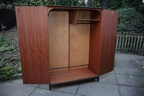 stag mahogany bedroom furniture stag minstrel mahogany bedroom wardrobe armoire cupboard other in uttoxeter staffs