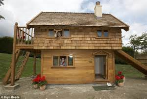 can an 18 year old buy a house adele splashes out on a 163 15 000 playhouse for her 18 month old son angelo daily