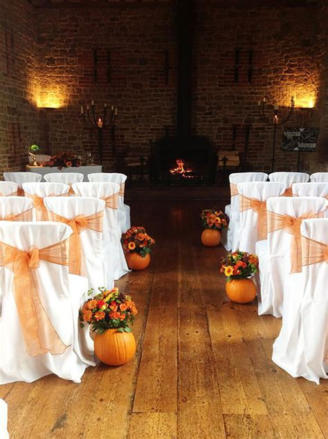 Badass Halloween Wedding Ideas That You Have To See!   CHWV
