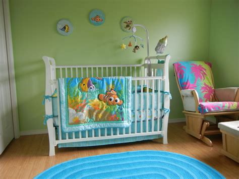 nemo crib bedding amazon com disney finding nemo 8 piece crib bedding set