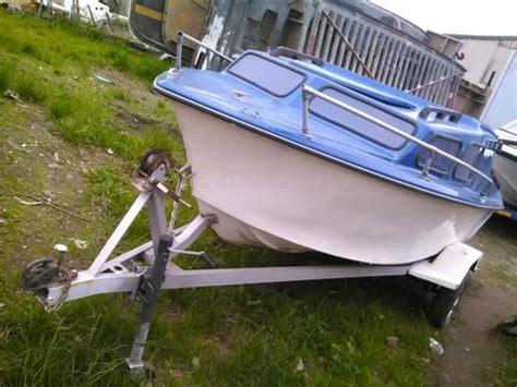 cabin boats gauteng cabin boat for sale brick7 boats