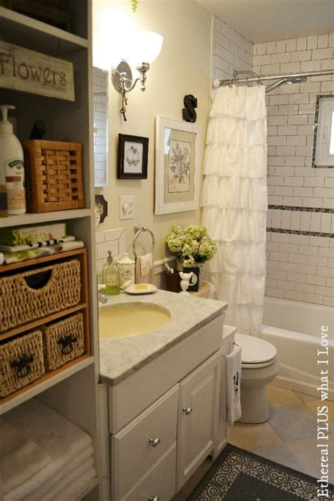 small country bathroom ideas small cottage bathroom home decor pinterest the