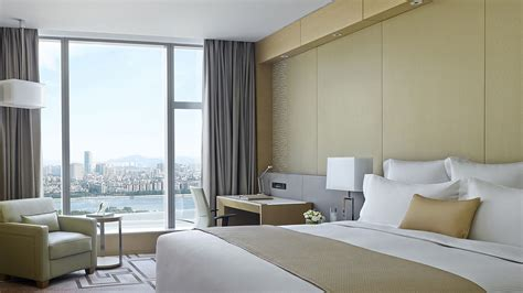 book direct rooms booking direct with langham hotels resorts guangzhou luxury hotel langham place guangzhou