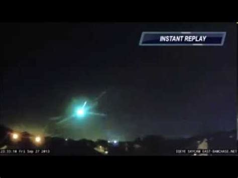 Kaos Greenlight Blue Sky Premium fireball shoots across midnight sky in us fireball