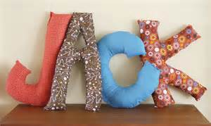 note diy letter pillows