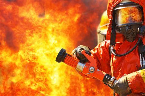 Mashup 100 Urgent Situation by 正在灭火的消防兵 图片素材下载 其他类别 生活百科 图片素材 集图网 Www Jituwang