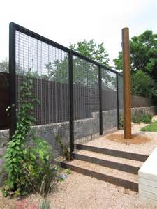 Trellis Fencing On Top Of Wall Modern Trellis With Creeper To Act As Garden Room Divider