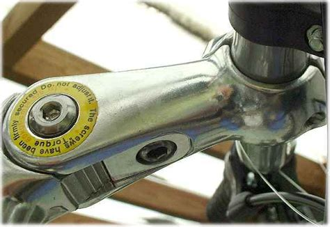 Stem Polygon Adjust up or adjusting handlebar stem height on