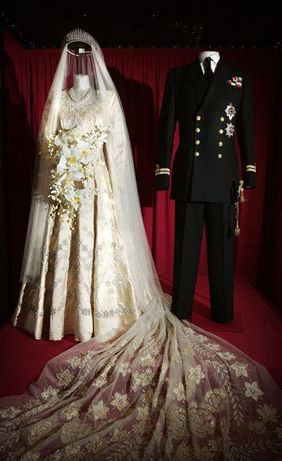 Elizabeths Wedding Dress Our One 4 by Elizabeth Ii My Wedding Scrapbook