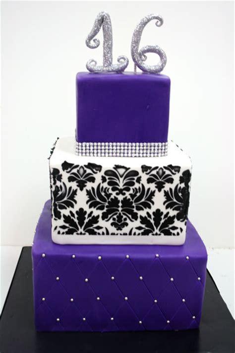 Sweet 16 Cakes NJ   Glitter Custom Cakes