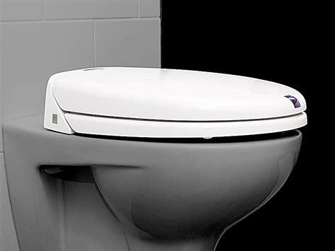 toilettensitz mit dusche wc sitz erh 246 hter toilettensitz abdeckung ablauf dusche