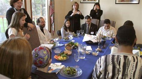 imagenes cena judia la comunidad jud 237 a se prepara para celebrar p 233 saj la