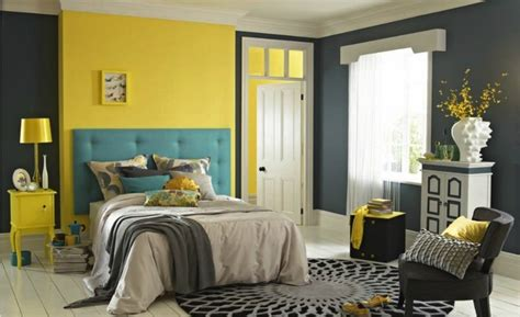 Yellow Walls In Bedroom by I Like How There S A Yellow Accent Wall And Then The