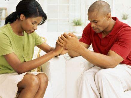 Imagenes Esposos Orando | matrimonio feliz la oraci 243 n en pareja funciona
