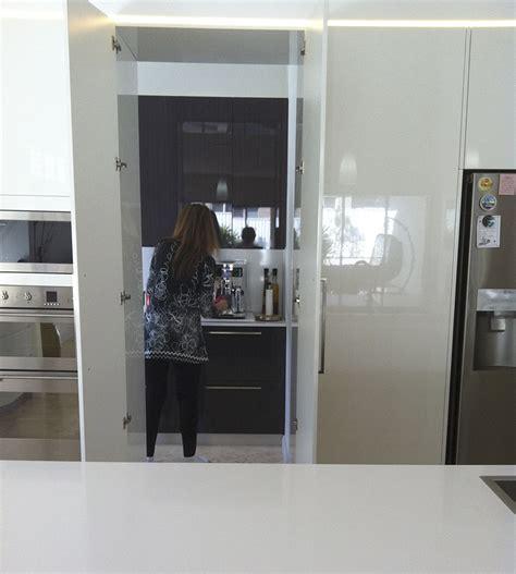 new modern kitchen macarthur kitchens bathrooms