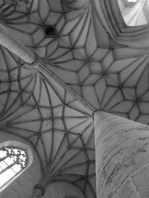 Paling Inspiratif Gambar Sketsa Berwarna Gereja - Tea And Lead