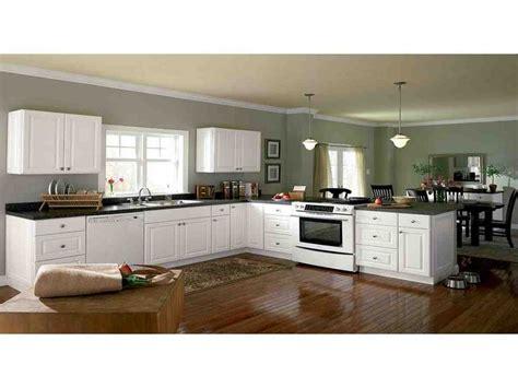 best semi custom kitchen cabinets 31 best semi custom kitchen cabinets images on