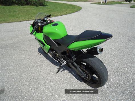 Kawasaki Zx10 by 2004 Kawasaki Zx10 Zx 10
