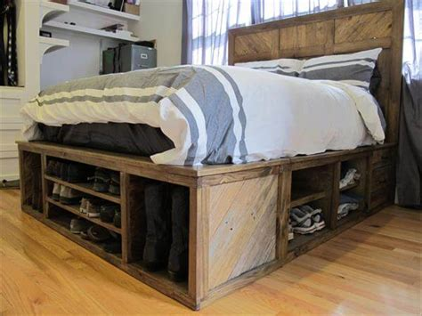 diy storage beds diy pallet bed with storage and headboard 101 pallets