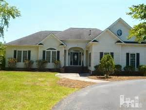homes for in southport nc 720 colonial rd southport nc 28461 reo home details