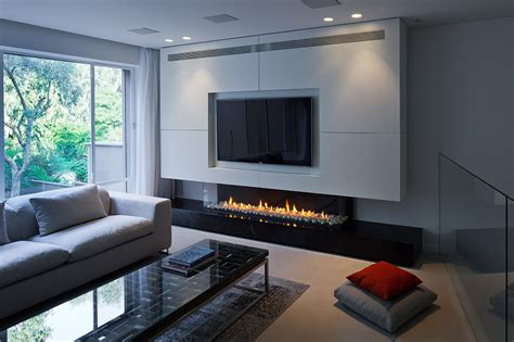 style gas closed fireplace with remote