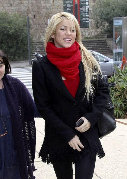 Pasmina Shakira Shakira Pashmina Shakira Scarves Looks Stylebistro