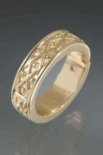 handmade hinged wedding ring 18k yellow gold by k