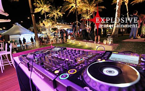 average cost of wedding dj why some wedding dj costs that much gold coast entertainment