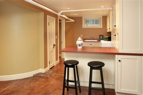 small kitchen bar ideas 1000 ideas about small basement apartments on