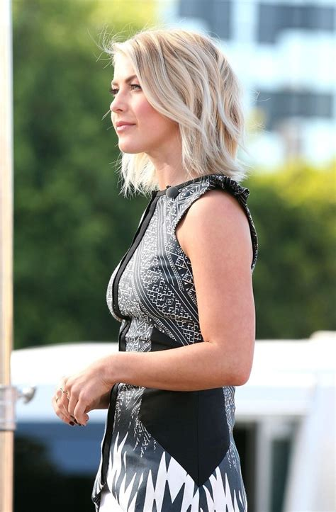 how does julienne hough style her hair more pics of julianne hough layered razor cut 19 of 29
