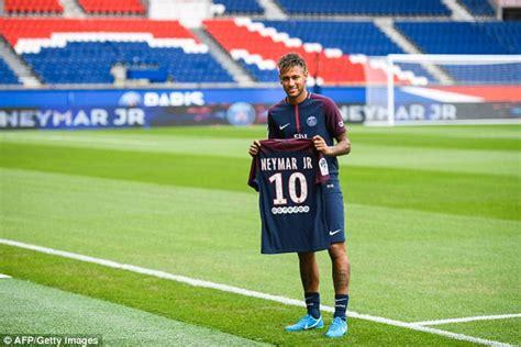 Jersey Bola 10 Neymar Psg Home 2017 2018 Grade Ori S M L Xl neymar ra mắt psg quot t 244 i kh 244 ng đến đ 226 y v 236 tiền quot