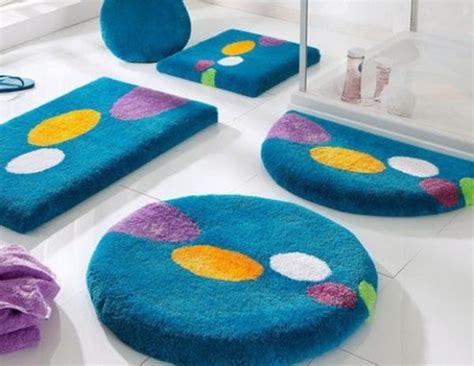 badezimmerteppich modern badteppich tolle vorschl 228 ge f 252 r ihr badezimmer