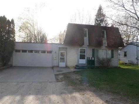 311 n elm ave gaylord michigan 49735 detailed property
