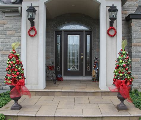 outdoor christmas topiary ideas 3 outdoor decorations for your home ideas 4 homes