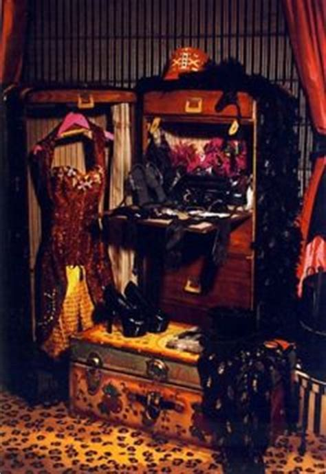 burlesque bedroom decor gypsy on pinterest burlesque great depression and 1920s