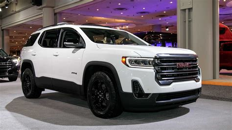 2020 Gmc Acadia Mpg by 2020 Gmc Acadia Refresh Revealed With New Turbo 2 0l Engine