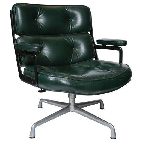 eames executive lounge chair  herman miller  sale  stdibs
