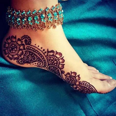 henna tattoo hand we heart it 17 best images about mehendi on henna designs
