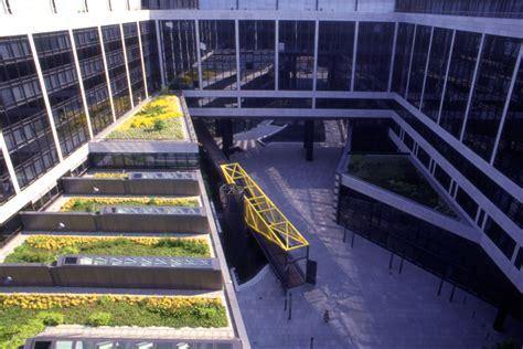 S 252 Dwest Lb Bank Und Verwaltungszentrum Am Hauptbahnhof