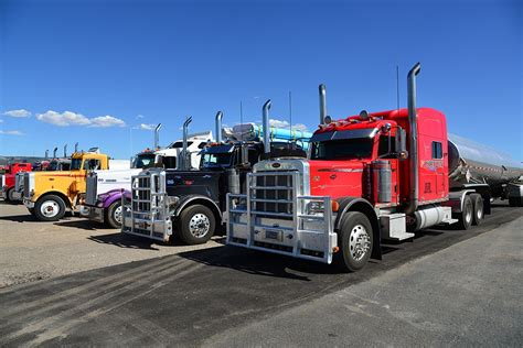 truck semi trailers usa towing  photo  pixabay