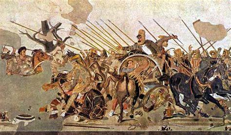 nome dei 3 re persiani battaglia di isso